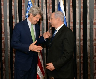 Kerry_and_Netanyahu_2013march320x265.jpg